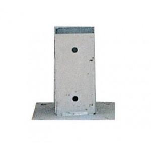 Base de poste quadrado em madeira 9x9cm